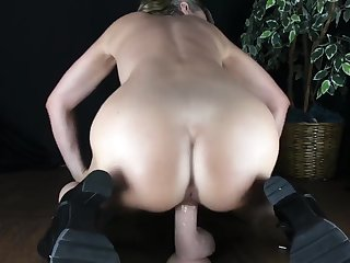 CARING BUBBLE BUTT Nourisher GIVES INTO NERVOUS STEP SON Coupled with RIDES HIS COCK