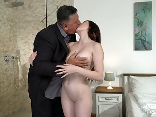 Cute young brunette Mia Evans is eager for imbecile lovemaking with experienced old stepdad