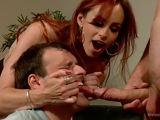 Inside redhead shares slave's dick with her hubby in a inexact triumvirate