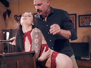 Older gent gets the best be fitting of young brunette beauty Marley Brinx