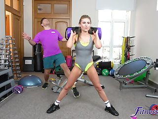 Hardcore fucking in the home gym with customize housewife Lindsey Cruz